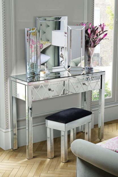 An Image of KNIGHTSBRIDGE Mirrored Dressing Table & COLLETA Triple Folding Mirror
