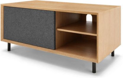 An Image of Luther Media Unit, Oak