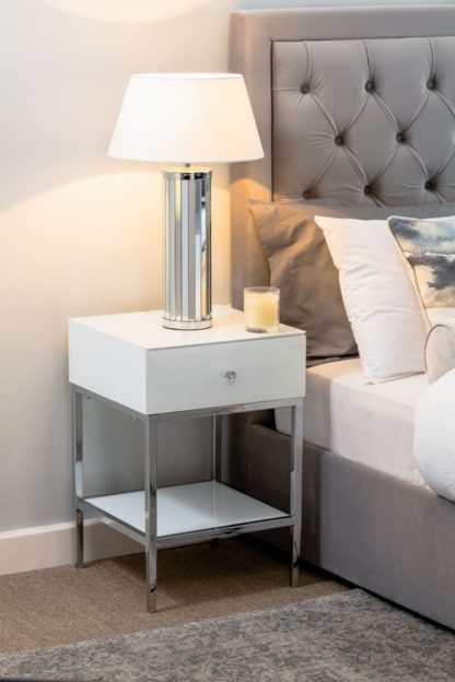 An Image of Stiletto Toughened White Glass and Chrome Side Table