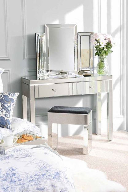 An Image of MADISON Mirrored Dressing Table with 4 legs