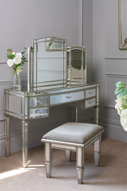 An Image of Antoinette Toughened Mirror Dressing Table