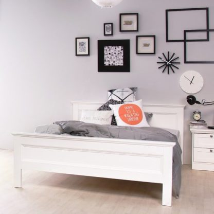An Image of Country Wooden Double Bed In White