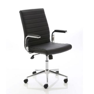An Image of Tylor Executive Chair In Black Bonded Leather With Wheels