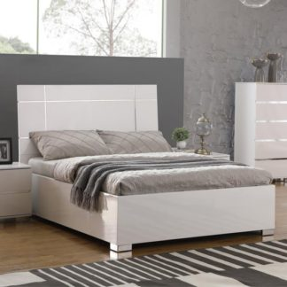 An Image of Helsinki Wooden King Size Bed In White High Gloss