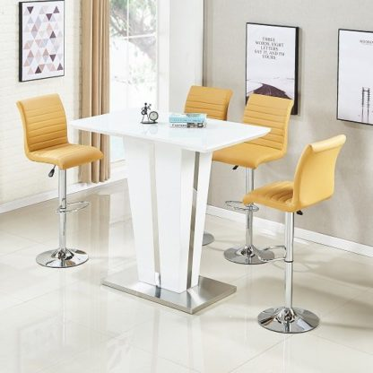 An Image of Memphis Glass Bar Table Gloss White 4 Ripple Curry Stools