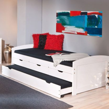 An Image of Ulli Day Bed With 3 Drawers And Pull Out Under Bed In White