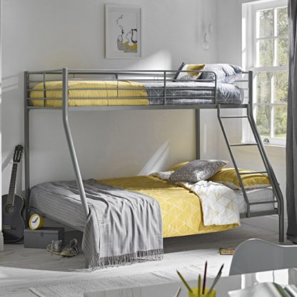 An Image of Primo Metal Triple Sleeper Bunk Bed In Silver