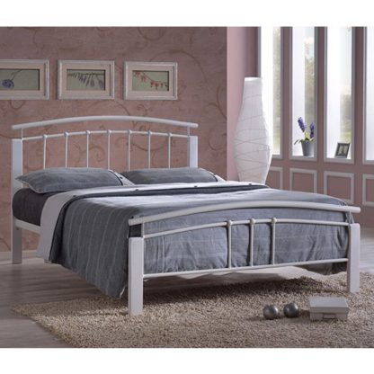 An Image of Tetron Metal Double Bed In White With White Wooden Posts