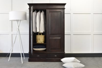 An Image of Classic Knockdown Wardrobe