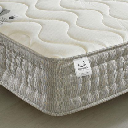 An Image of Bamboo 1500 Pocket Sprung Memory and Reflex Foam Mattress - 4ft Small Double (120 x 190 cm)