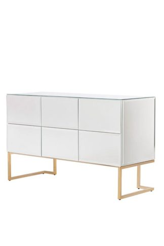 An Image of Lorenzo Chest of Drawers
