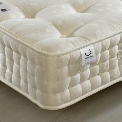 An Image of Ambassador 3000 Pocket Sprung Orthopaedic Natural Fillings Mattress - 5ft King Size (150 x 200 cm)