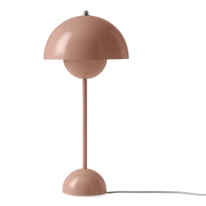 An Image of &Tradition Flowerpot Table Lamp VP3 Beige Red