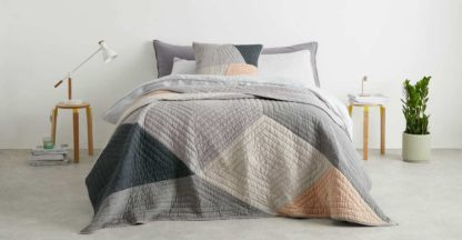 An Image of Bloco Patchwork Bedspread, Pink & Grey