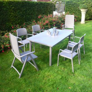 An Image of Libeccio 6 Seater Extendable Dining Set Grey
