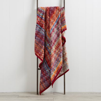 An Image of Thermosoft Fusion 220cm x 240cm Throw Orange and Pink