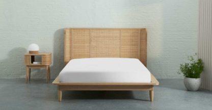 An Image of Zana Organic Cotton Stonewashed Fitted Sheet, King, White