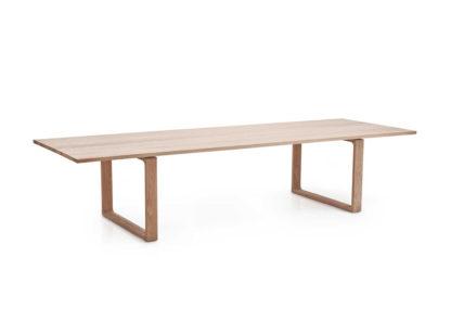 An Image of Fritz Hansen Essay Dining Table 6-8 Seater Oak