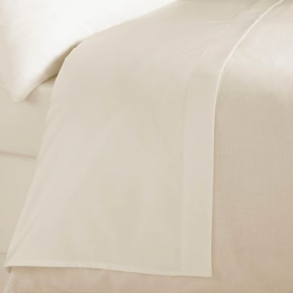 An Image of 5A Fifth Avenue Egyptian Cotton Sateen 300 Thread Count Flat Sheet White