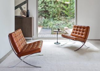 An Image of Knoll Barcelona Relax Chair Venezia Cognac Leather