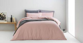 An Image of Brisa Linen Duvet Cover + 2 Pillowcases, King, Dusky Pink UK