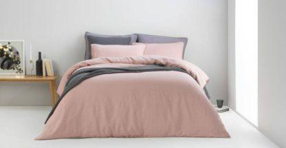 An Image of Brisa Linen Duvet Cover + 2 Pillowcases, Double, Dusky Pink UK