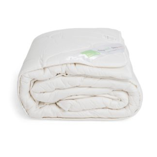 An Image of The Wool Room Deluxe Wool Double Duvet Warm