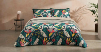 An Image of Anza Cotton Duvet Cover + 2 Pillowcases, King, Storm Green