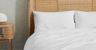 An Image of Zana Organic Cotton Stonewashed Pair Of Pillowcases, White UK