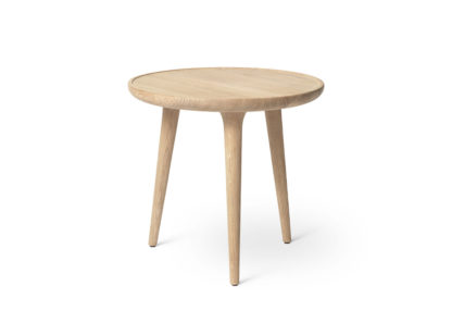 An Image of Mater Accent Side Table White Matt Lacquered Oak Small W45 x H42