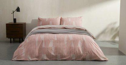 An Image of Bakari Cotton Duvet cover + 2 Pillowcases, Double, Plaster Pink UK