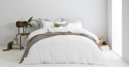 An Image of Brisa Linen Duvet Cover + 2 Pillowcases, Double, White UK
