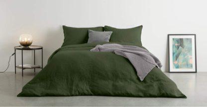 An Image of Brisa 100% Linen Duvet Cover + 2 Pillowcases Double, Moss Green