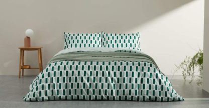 An Image of Oporo Cotton Duvet Cover & 2 Pillowcases, King, Mint & Green UK