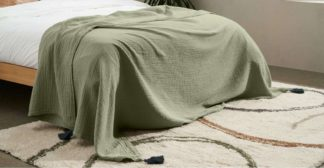 An Image of Eira Cotton Textured Bedspread, 150x200cm, Soft Olive