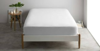 An Image of Alexia 100% Stonewashed Cotton Fitted Sheet Double, White