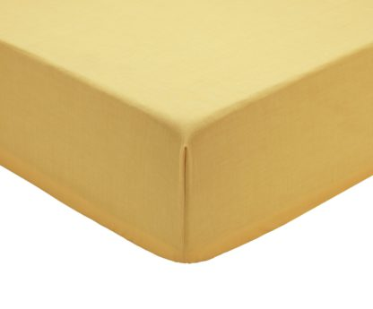 An Image of Argos Home Easycare Polycotton 28cm Fitted Sheet - Double