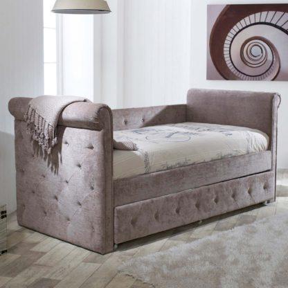 An Image of Zodiac Velvet Day Bed Beige