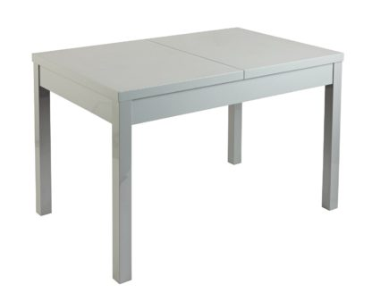 An Image of Habitat Lyssa Extending 4 - 6 Seater Dining Table -White