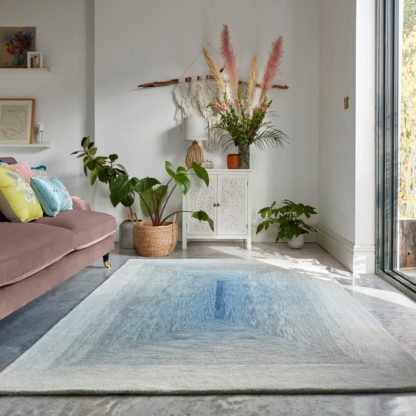 An Image of Avery Wool Rug Avery Blue