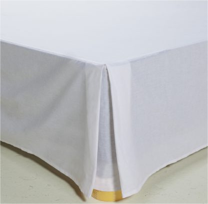 An Image of Argos Home Easycare Polycotton Valance - Double