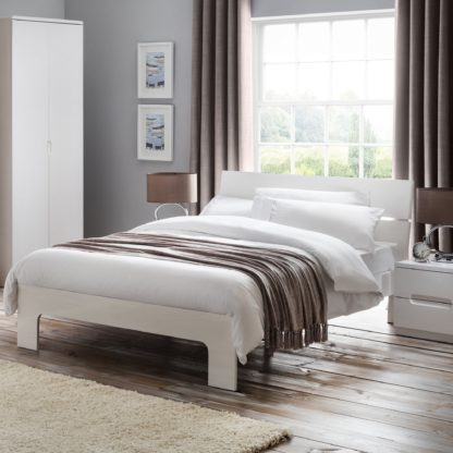 An Image of Manhattan High Gloss Bed Frame White