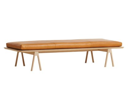 An Image of Woud Level Daybed Cognac Leather & Light Oak