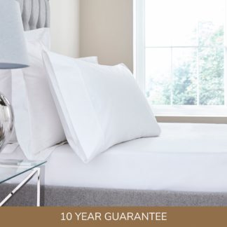 An Image of Dorma Egyptian Cotton 400 Thread Count Percale Fitted Sheet White