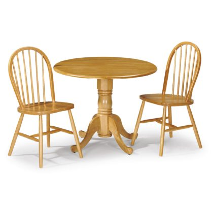 An Image of Dundee Dining Table with 2 Windsor Chairs Honey