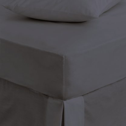 An Image of Hotel Wenden 400 Thread Count Cotton Fitted Sheet White