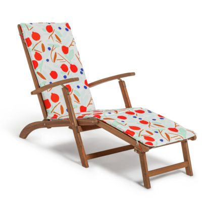 An Image of Habitat Wooden Steamer Chair - Pomegranate