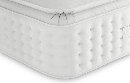 An Image of M&S Pillowtop Cashmere & Merino 2250 Pocket Sprung Medium Mattress
