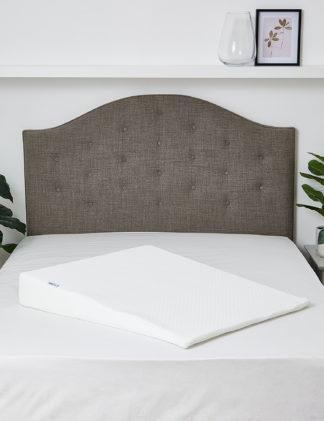 An Image of M&S Kally Sleep Acid Reflux Firm Wedge Pillow