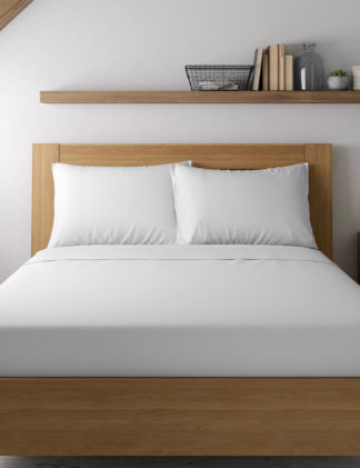 An Image of M&S Egyptian Cotton 400 Thread Count Percale Standard Pillowcase